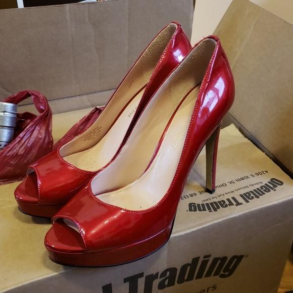 7cda466cbe0 Enzo Angiolini red heels 37 1/2